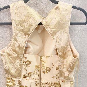 NWT Ark&Co Gold Leaf Dress